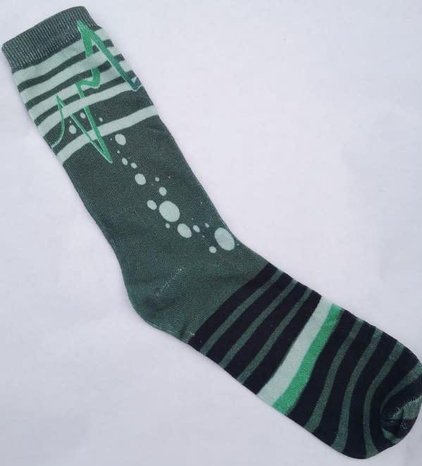 Unique - Out Of Line Sock